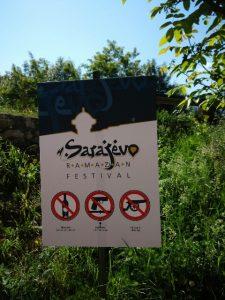 cartello di divieto a Sarajevo
