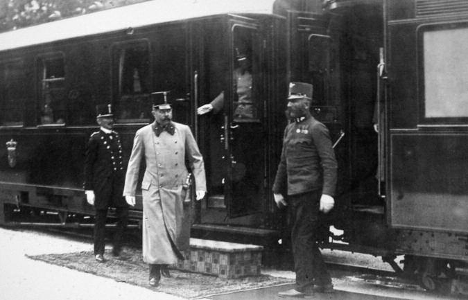 Franz Ferdinand travelled to Sarajevo by a different route from his wife, the first stage being aboard the battleship Viribus Unitis from Trieste in Slovenia to Metkovic in Croatia. From there he took the train into Bosnia. Here he arrives at Ilidza station on June 25.