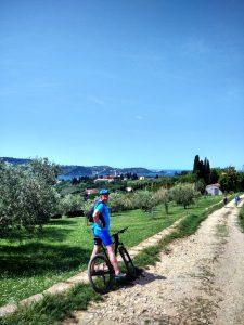 Vista delle chiese di Strugnano e in fondo di Pirano
