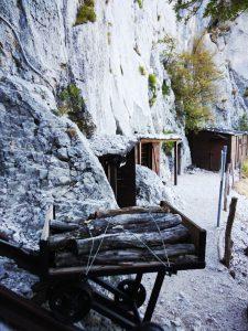 A strapiombo Baracche sul Sabotino