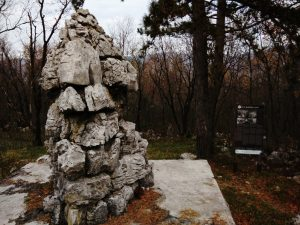 Monumento a ricordo dei caduti su quota 526 San Gabriele