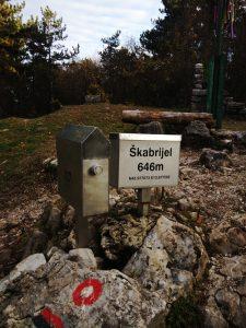 Il libro di vetta sulla cima del Škabrijel Monte San Gabriele