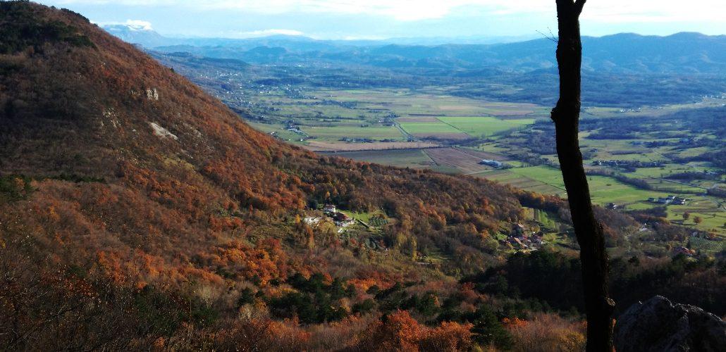Punto panoramico lungo la Salita al Monte San Gabriele da Vratca