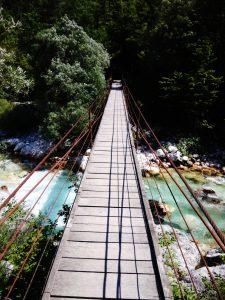 Ponte tibetano sul fiume Isonzo Soča