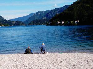 Pescatori sul Lago di Ledro