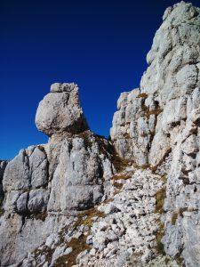 In cengia sulla Salita al Monte Cregnedul