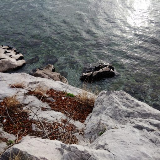A strapiombo sul Mare Adriatico