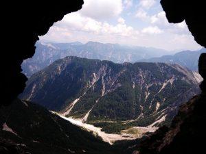 Dalla galleria di guerra vista verso i Monti di Pontebba