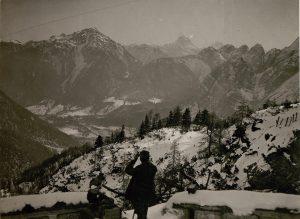 Vista dal Köpfach (Jof di Somdogna) da postazione italiana sulla Val Saisera